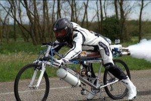 Fast fast cyclist 1
